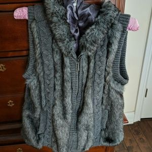 Lined knit and fur vest